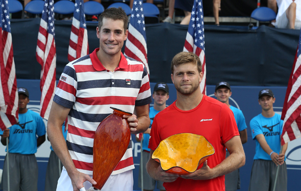 Isner continues ascent with win over Harrison